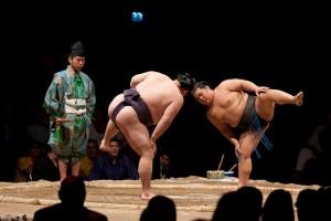 Combates de luchadores de sumo