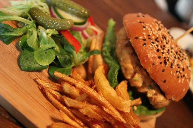 Acompañamientos de una hamburguesa gourmet